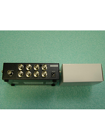 CCTV 8 Ports BNC Video Splitter Distribution Amplifier Adapter MT-108BC